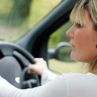 Kinh nghiệm lái xe số tự động an toàn