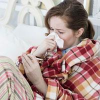 """5 cách kỳ lạ """"thổi bay"""" bệnh cảm lạnh"""
