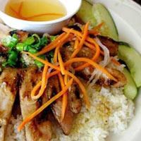 """12 món ăn Việt """"đỉnh"""" trong mắt người nước ngoài"""