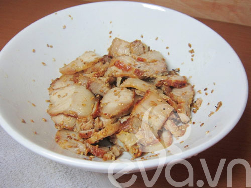 Thịt ba chỉ áp chảo trộn vừng - 6