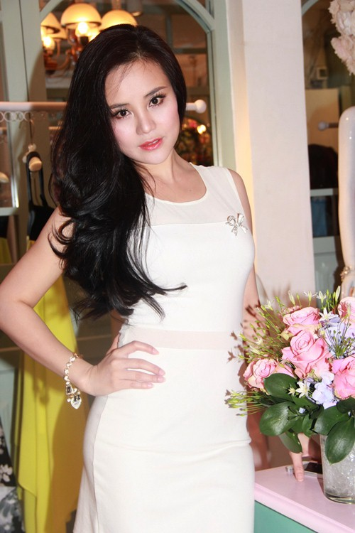vy oanh tre trung, day dang yeu - 1