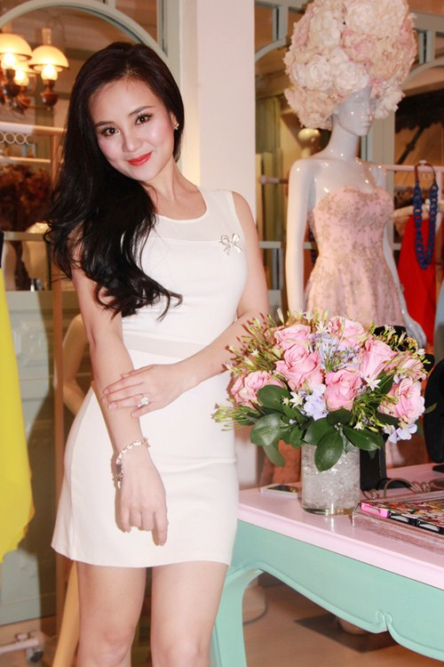 vy oanh tre trung, day dang yeu - 2