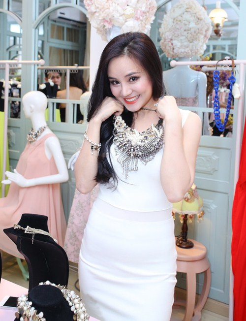 vy oanh tre trung, day dang yeu - 3