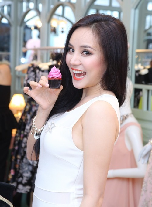 vy oanh tre trung, day dang yeu - 4