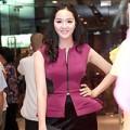 Thời trang - Phan Thị Lý khoe vẻ mặn mà khi mua sắm