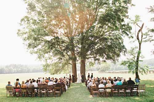 Tiệc cưới ngoài trời lãng mạn mà tiết kiệm - 16