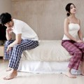 Eva tám - Gặp tình cũ, vợ cuống cuồng đòi ly hôn