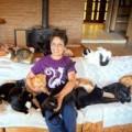 Tin tức - Kỳ lạ người phụ nữ sống với 1000 chú mèo hoang