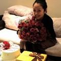 Làng sao - Jennifer Phạm hạnh phúc trong ngày sinh nhật