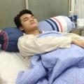 Làng sao - Khắc Việt nhập viện cấp cứu giữa đêm