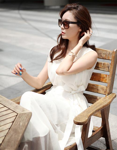 Cách để xinh đẹp với đầm trắng - 12