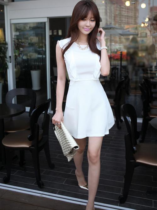 Cách để xinh đẹp với đầm trắng - 18