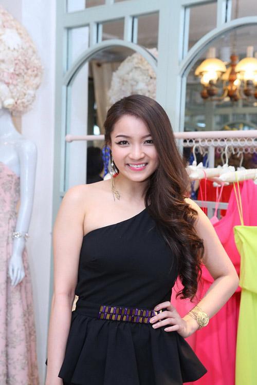 ly nha ky 'lan luot' mai phuong thuy - 18