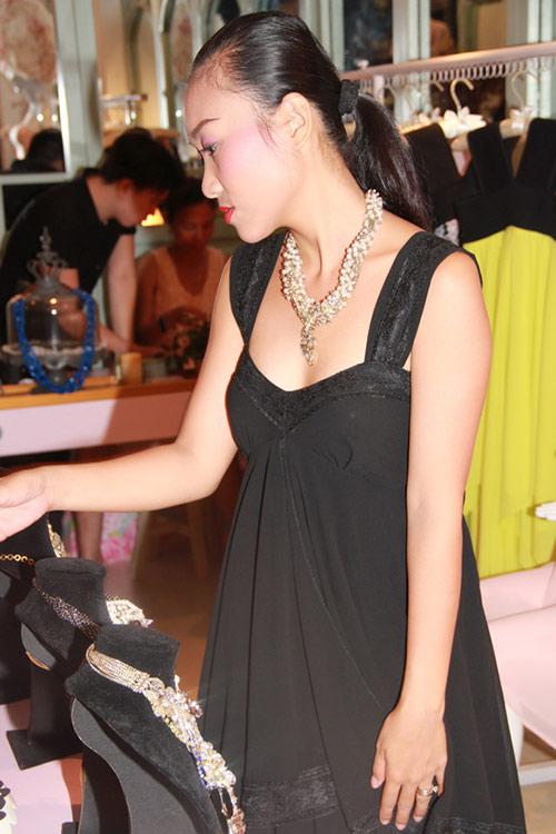 ly nha ky 'lan luot' mai phuong thuy - 19