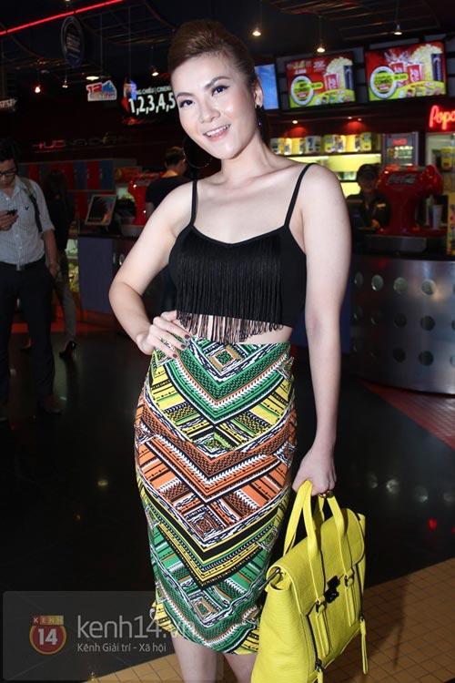 4 cách kết hợp áo lửng ấn tượng của sao Việt - 7