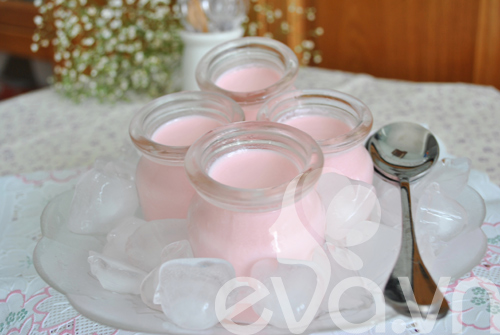 Sữa chua hương dâu mát lạnh ngày hè - 6
