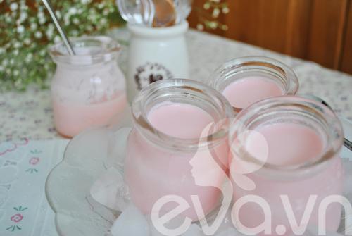 Sữa chua hương dâu mát lạnh ngày hè - 9