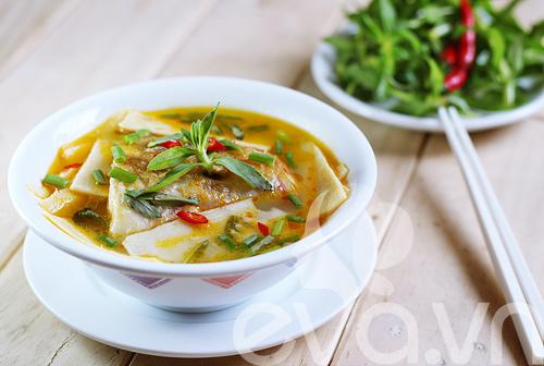 Image result for canh cá nấu măng chua
