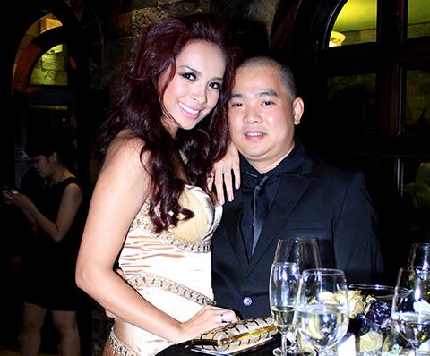 """angela phuong trinh lam """"nu hoang"""" trong lau dai - 11"""