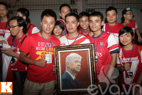 fan viet trang dem nam doi arsenal - 20