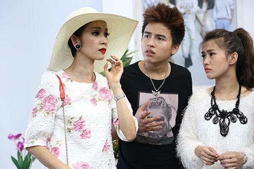 "xuan lan ""vac"" bung bau di dong phim - 4"