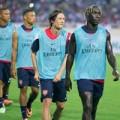 """Hậu trường - Dàn pháo thủ Arsenal làm """"nóng"""" sân Mỹ Đình"""