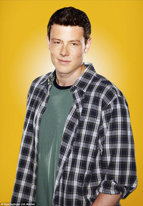 cory monteith chet vi lam dung ruou va ma tuy - 1
