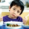 Làm mẹ - 10 câu nói khiến bé thêm kén ăn