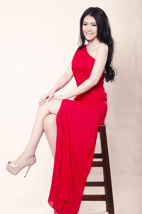 """lo dien """"nguoi em song sinh"""" cua hh thuy dung - 5"""