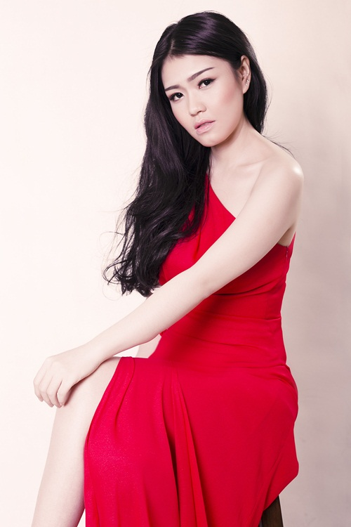 """lo dien """"nguoi em song sinh"""" cua hh thuy dung - 7"""