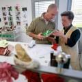 Thời trang - 'Đột nhập' xưởng sản xuất giày của Louis Vuitton