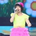 Nuôi con - Linh Lan tự tin thể hiện hit của Đan Trường