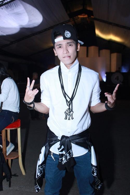 lam chi khanh, huong giang idol than thiet bat ngo - 12