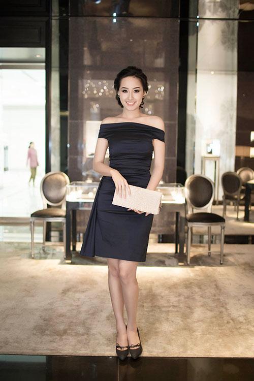 mai phuong thuy kin dao van cuon hut - 1