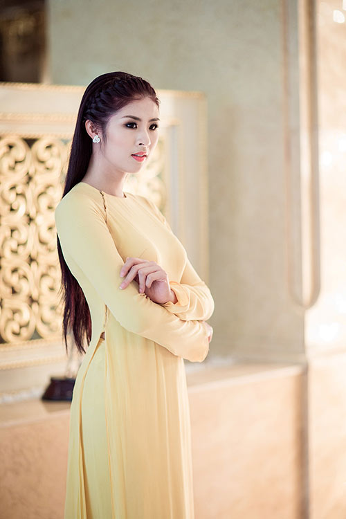 "hh ngoc han lam ""cau noi yeu thuong"" - 3"
