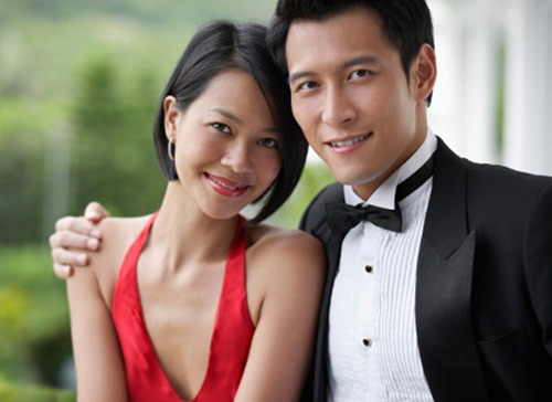 "yeu ""trai gia"" khong phai chi vi tien - 1"