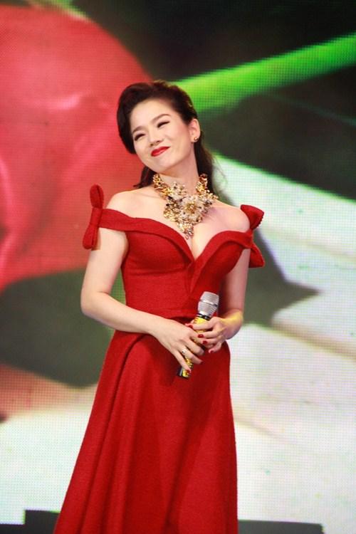 sao van hao hung voi style chu mieng tu suong - 9