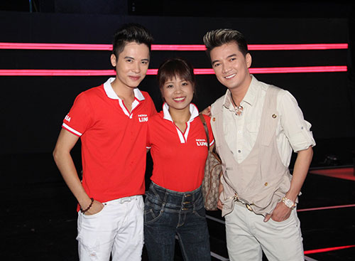 hoang yen the voice lo so vong do van - 4