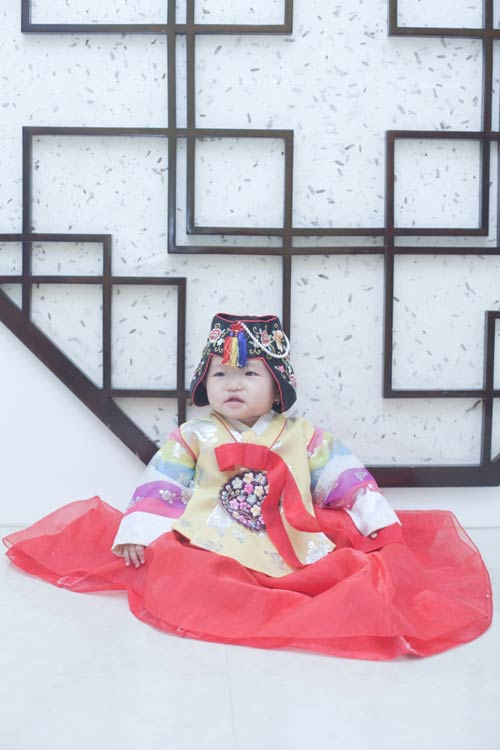 "sieu mau nhi: jin y xinh, ngam la ""nghien"" - 3"