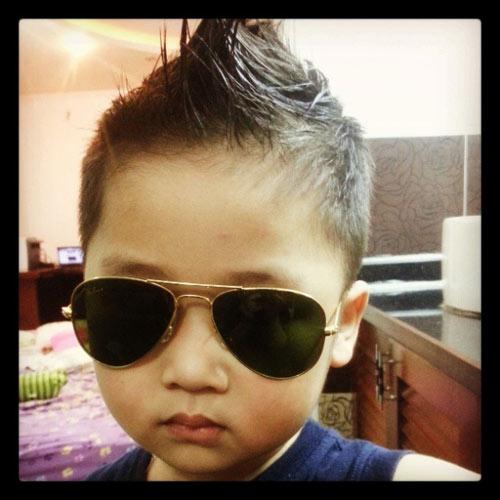 sieu mau nhi: hotboy ban khoi khau khinh - 1