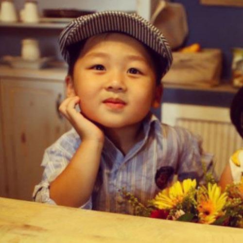 sieu mau nhi: hotboy ban khoi khau khinh - 2