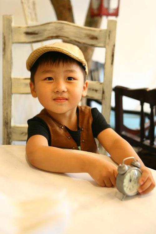 sieu mau nhi: hotboy ban khoi khau khinh - 4
