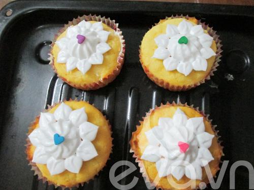tap lam cupcake bo chanh - 9