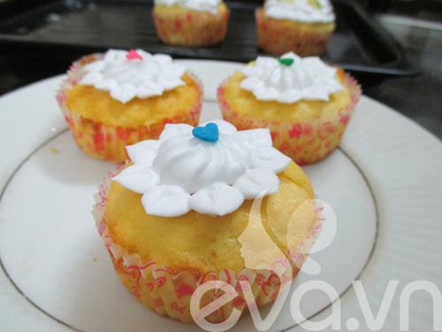 tap lam cupcake bo chanh - 11