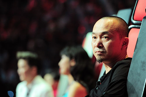 "quoc trung: toi chi muon ""hu"" hong nhung - 2"