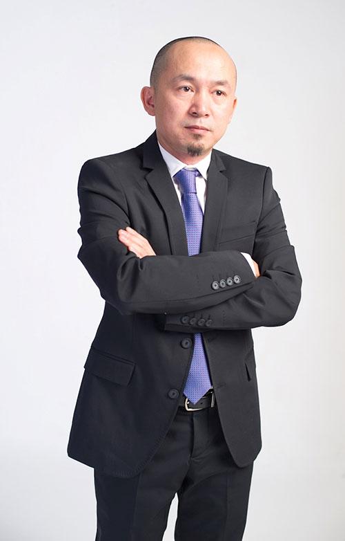 "quoc trung: toi chi muon ""hu"" hong nhung - 3"