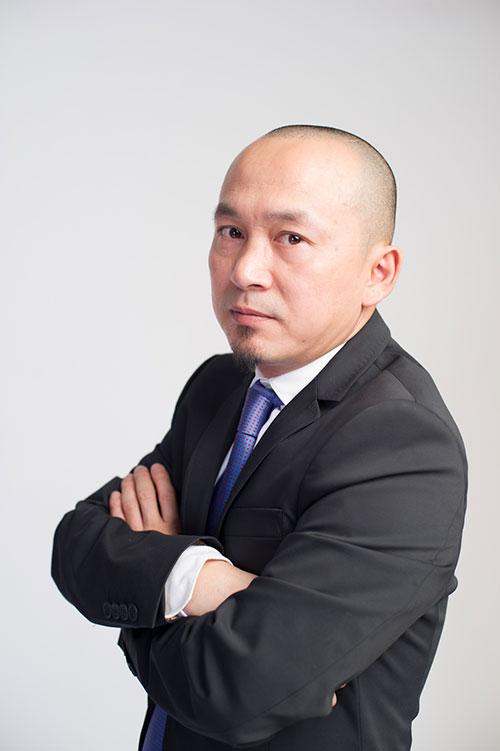 "quoc trung: toi chi muon ""hu"" hong nhung - 4"