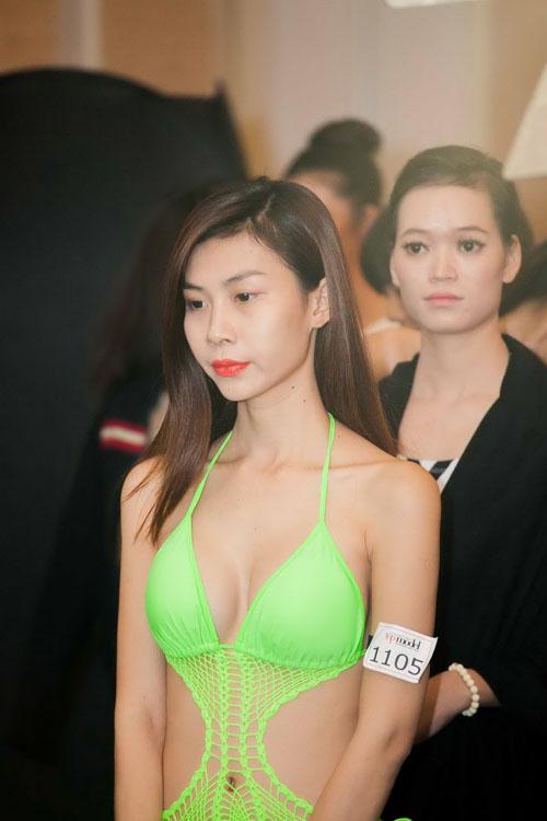 "thi sinh chuyen gioi lo eo ""con kien"" voi bikini - 5"
