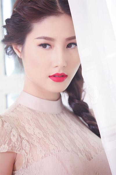 thuy tien khoe mat moc, khong photoshop - 14