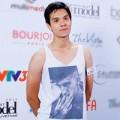 Thời trang - Chàng trai lai Nga gây chú ý tại casting VNNTM